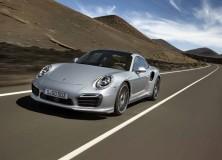 Porsche predstavil 911 Turbo in Turbo S