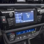 2014-Toyota-Corolla-16